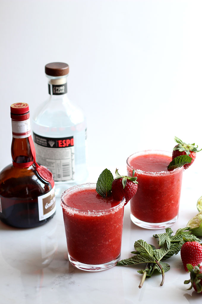 Strawberry Mint Margarita | Dietitian Debbie Dishes
