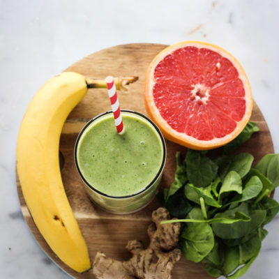 Healthy Grapefruit Green Smoothie