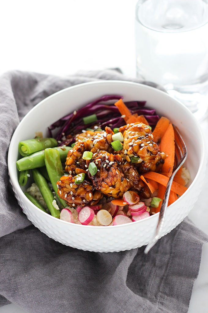 Teriyaki Tempeh Bowl | Vegan