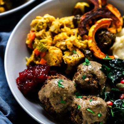 Vegan Meatballs with Mushroom Gravy