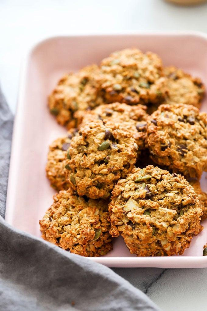 Vegan breakfast cookies in pink pan