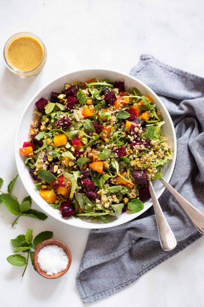 roasted beet salad with quinoa and arugula